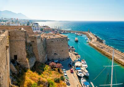 Cipar, dvorac Kyrenia, pogled na venecijanski toranj