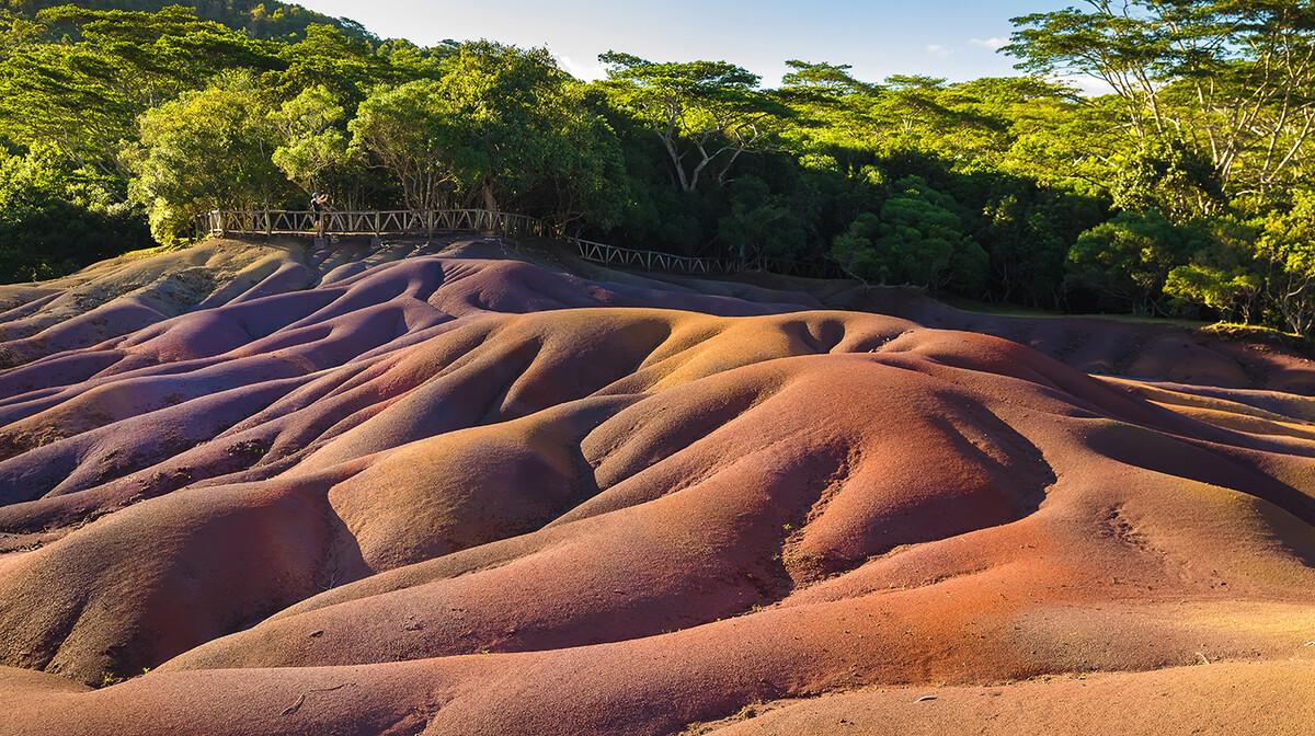 Mauricijus, Chamarel, Sedam obojenih zemalja, daleko putovanje na Mauricijus