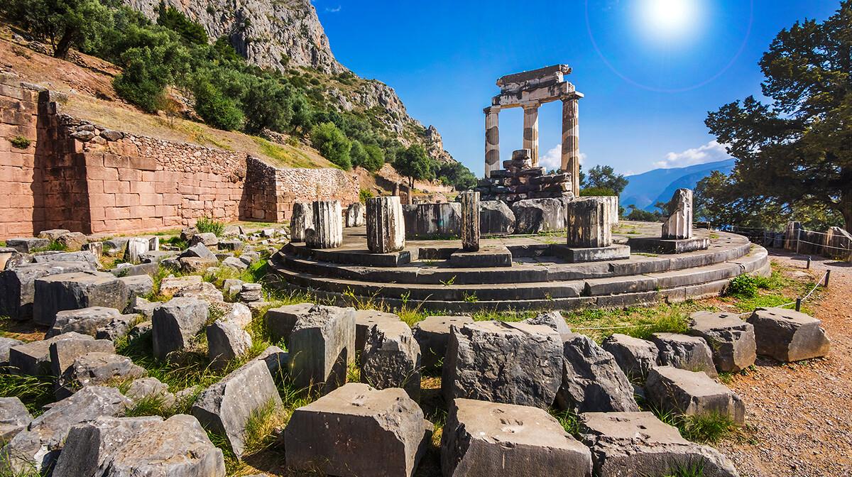 grčko svetište, putovanja zrakoplovom, krstarenje, Mondo travel, putovanje autobusom