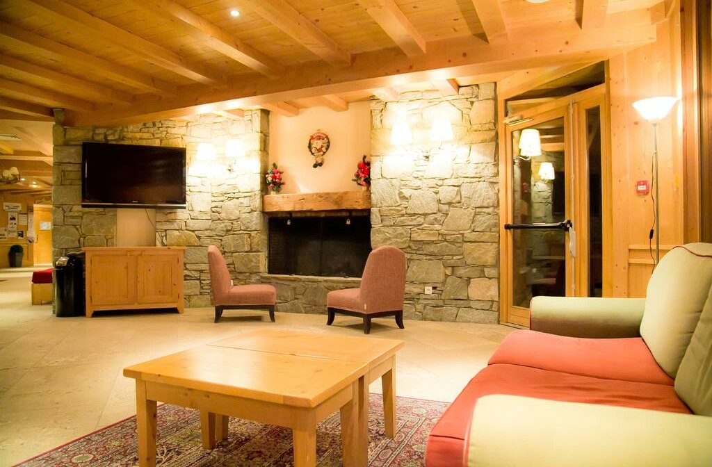 Skijanje u Francuskoj, Val Cenis, Lanslebourg Residence Les Alpages, lounge.