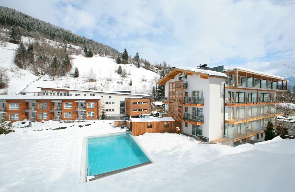 Zell am See, Hotel Waldhof, skijanje u Austriji, ski in, ski out