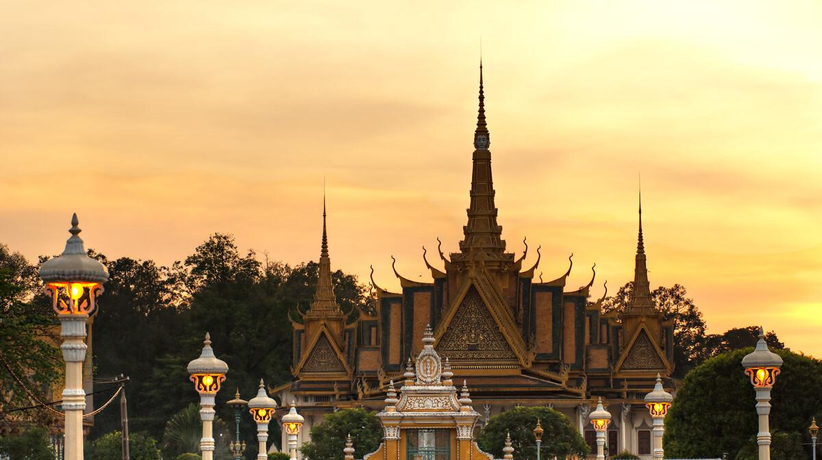 Kraljevska palača, putovanja zrakoplovom, Mondo travel, daleka putovanja, garantirani polazak
