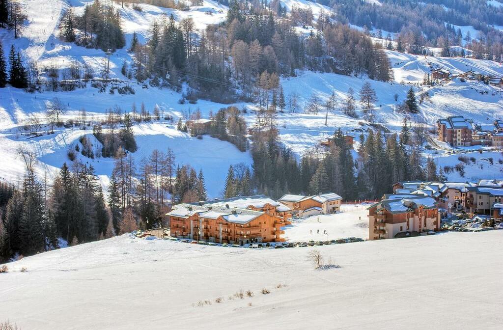 Skijanje u Francuskoj, Val Cenis, Les Balcons de Val Cenis Le Haut, izvana.