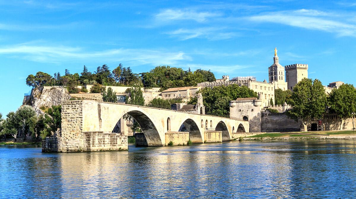 Avignon, Provansa, putovanje u Francusku