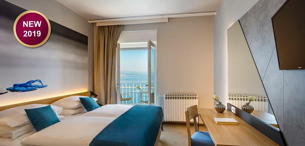 Dvokrevetna soba u hotelu Istra u Opatiji.