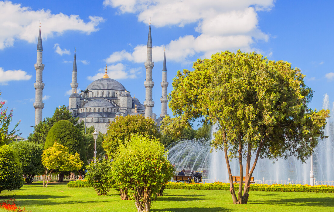 Istanbul - sultan ahmed mosque
