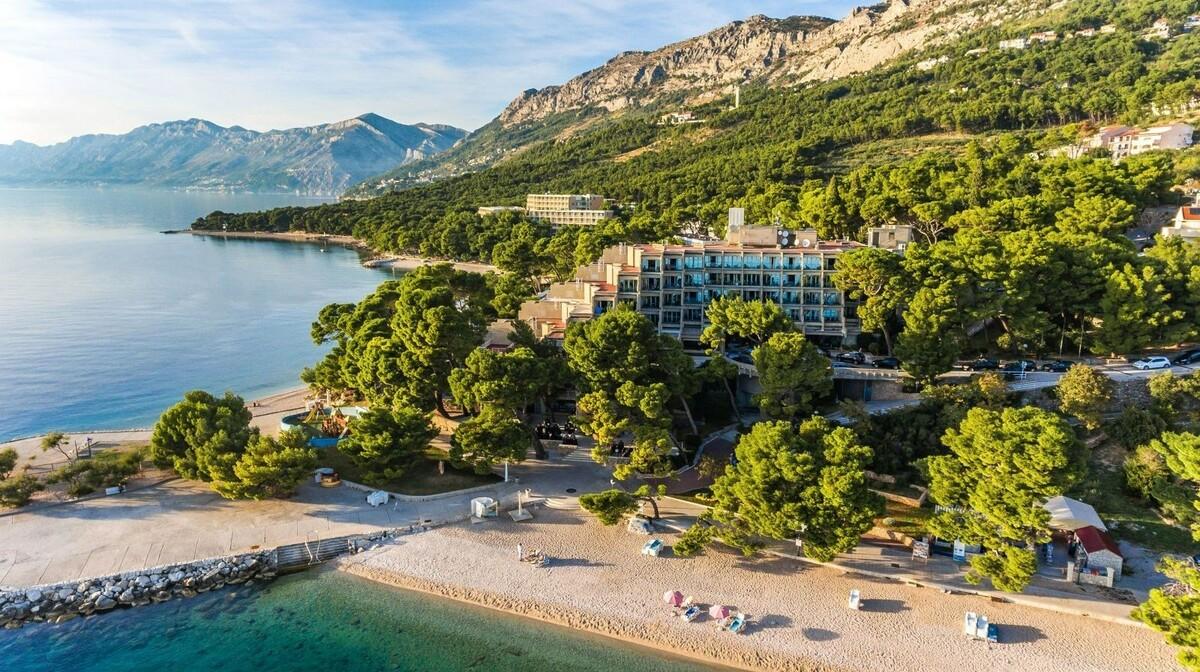 Ljetovanje u Brelima na najljepšoj pješćanoj plaži Dalmacije, mondo travel