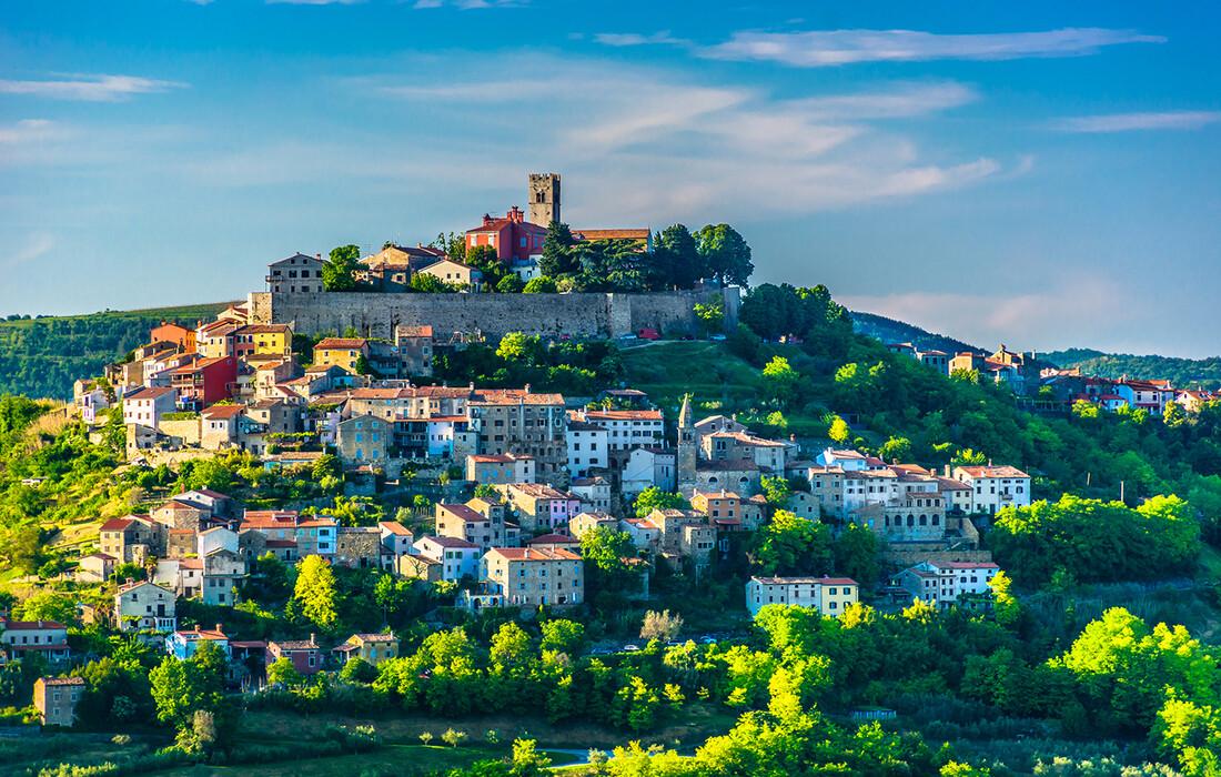 Prekrasan pogled na Motovun