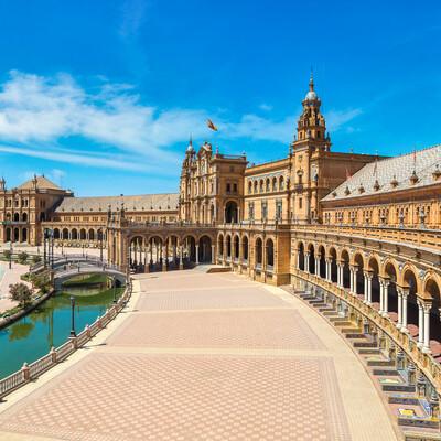 Plaza Espana u Sevilli, putovanje Andaluzija, garantirani polasci, putovanje avionom, mondo travel