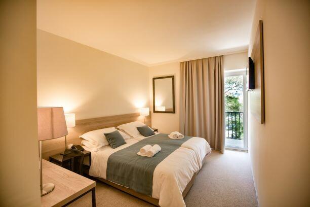Vrboska, Labranda hotel Senses, dvokrevetna soba sa balkonom