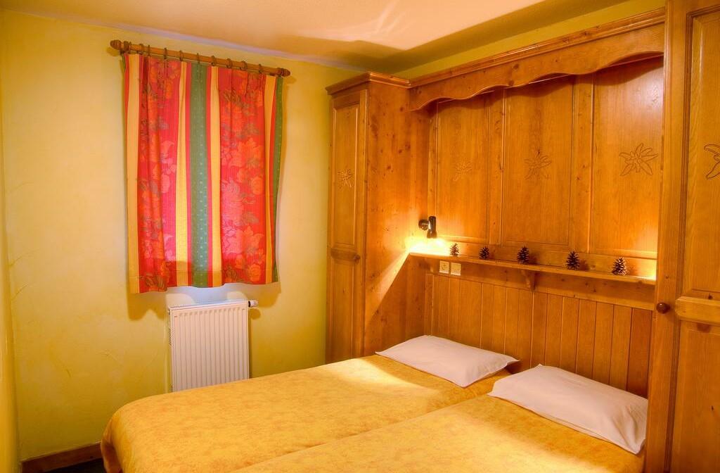 Skijanje u Francuskoj, Val Cenis, Les Balcons de Val Cenis Le Haut, spavaća soba.