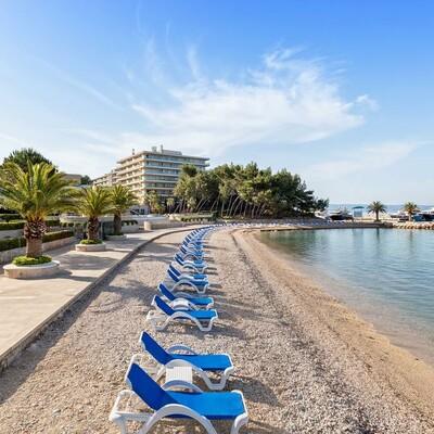 Podstrana, Hotel Le Meridien Lav, plaža ispred hotela