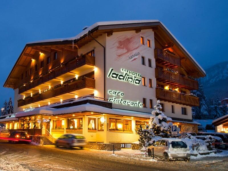 Skijanje u Italiji, Alta Badia, La Villa, Hotel Ladinia, pogled izvana