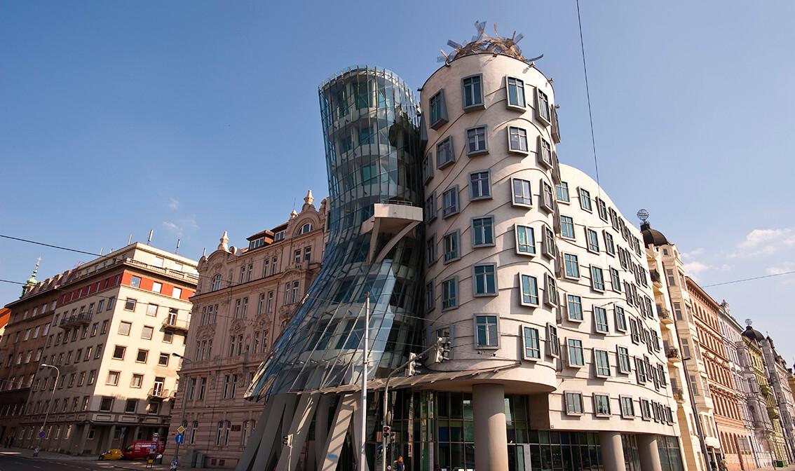 Plešuća kuća Fred i Ginger, putovanje u Prag, europska putovanja, garantirani polasci