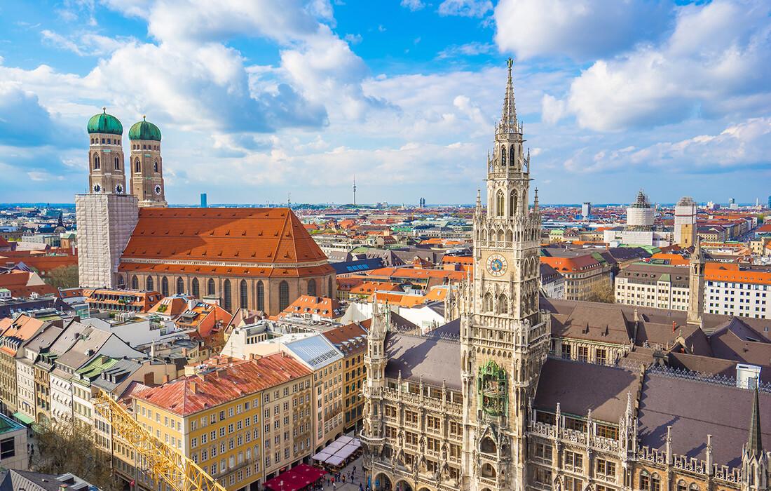 Marienplatz i Frauenkirche, autobusna putovanja, Mondo travel, europska putovanja, garantirani polaz