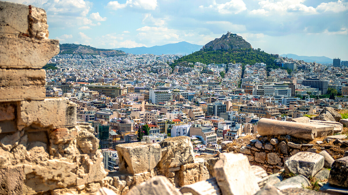 Atena - pogled na grad i Akropolu, putovanje zrakoplovom