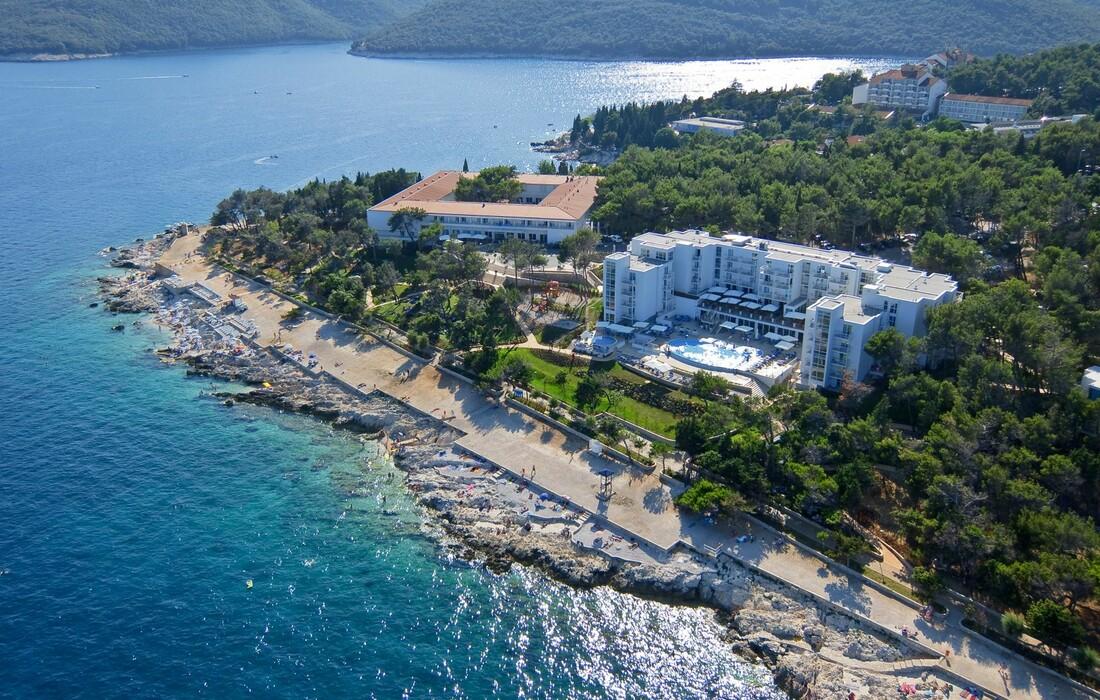 Panoramska slika hotela Sanfior Casa Valamar, Rabac, modno travel