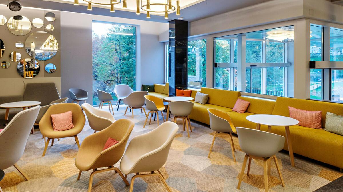 Skijanje i wellness u Sloveniji, Bled, Hotel Rose, lounge