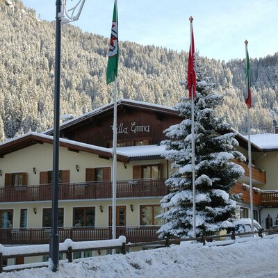 Skijanje u Italiji, Alba di Canazei, Hotel Villa Emma, pogled izvana