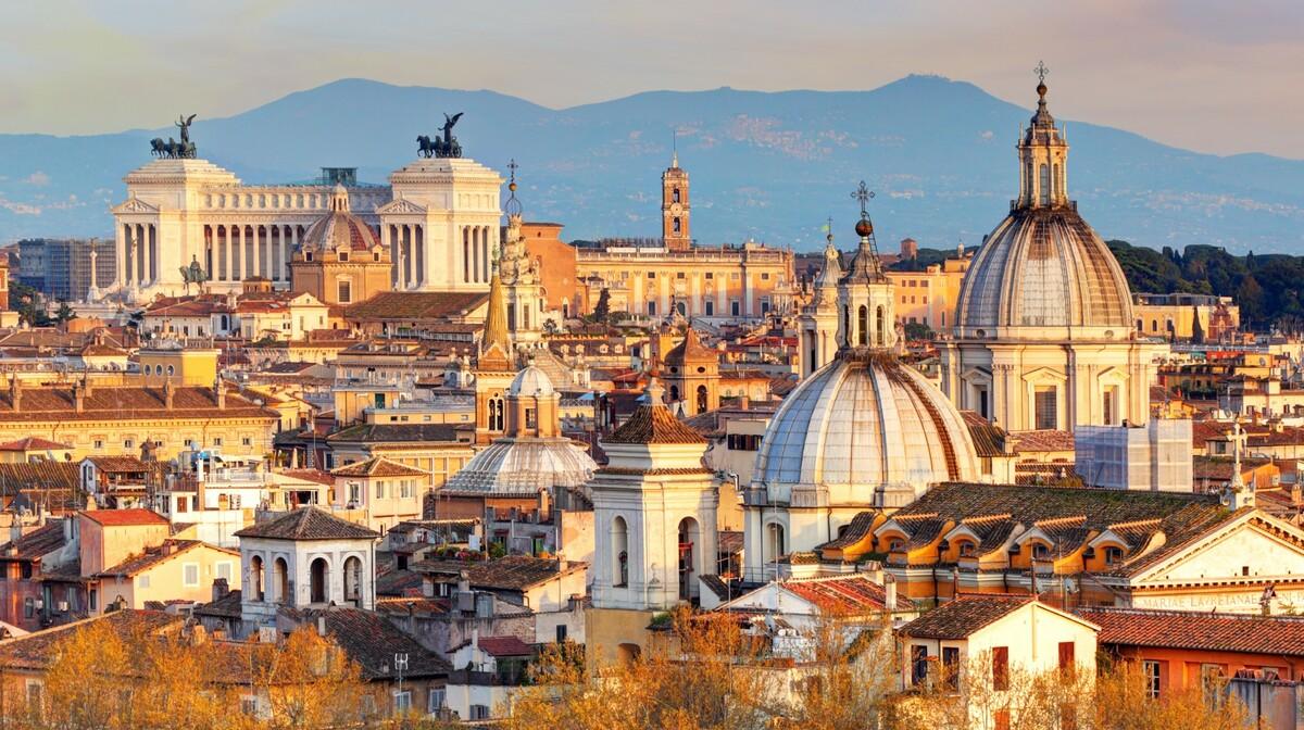 panoramski pogled na Rim, utovanja zrakoplovom, Mondo travel, europska putovanja