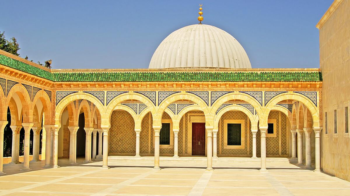 Mauzolej Habiba Bourgibe u Monastiru, putovanje Tunis, ljetovanje mediteran, grupni polasci