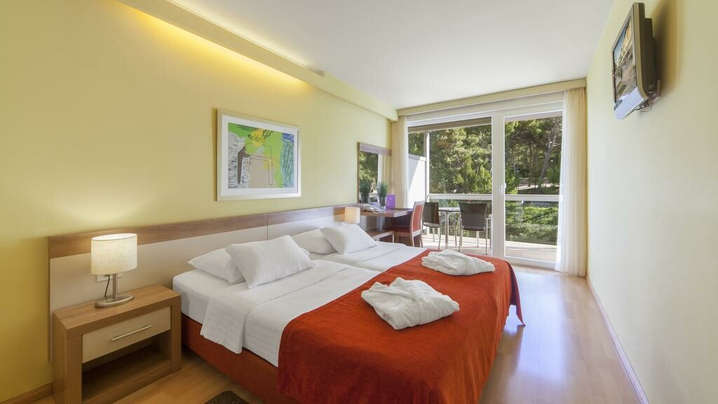 Dvokrevetna soba u hotelu Aurora, Mali Lošinj.