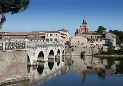 putovanje u italiju, Tiberijev most Rimini, garantirani polasci