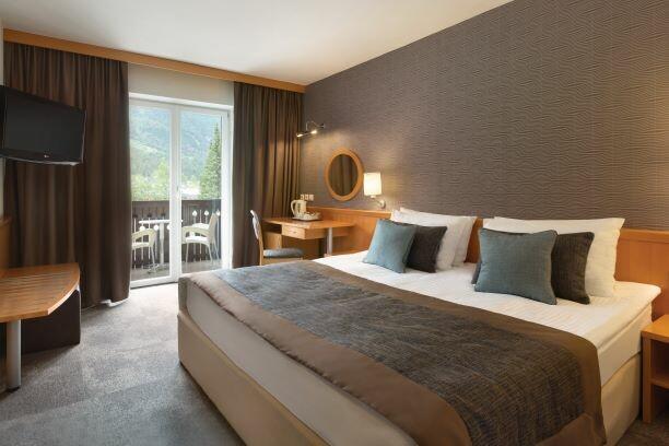Ramada Resort Kranjska Gora King Bed Room