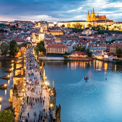 praški most u sumrak, autobusna putovanja, Mondo travel, europska putovanja