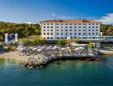 Trogir, Hotel Brown beach house
