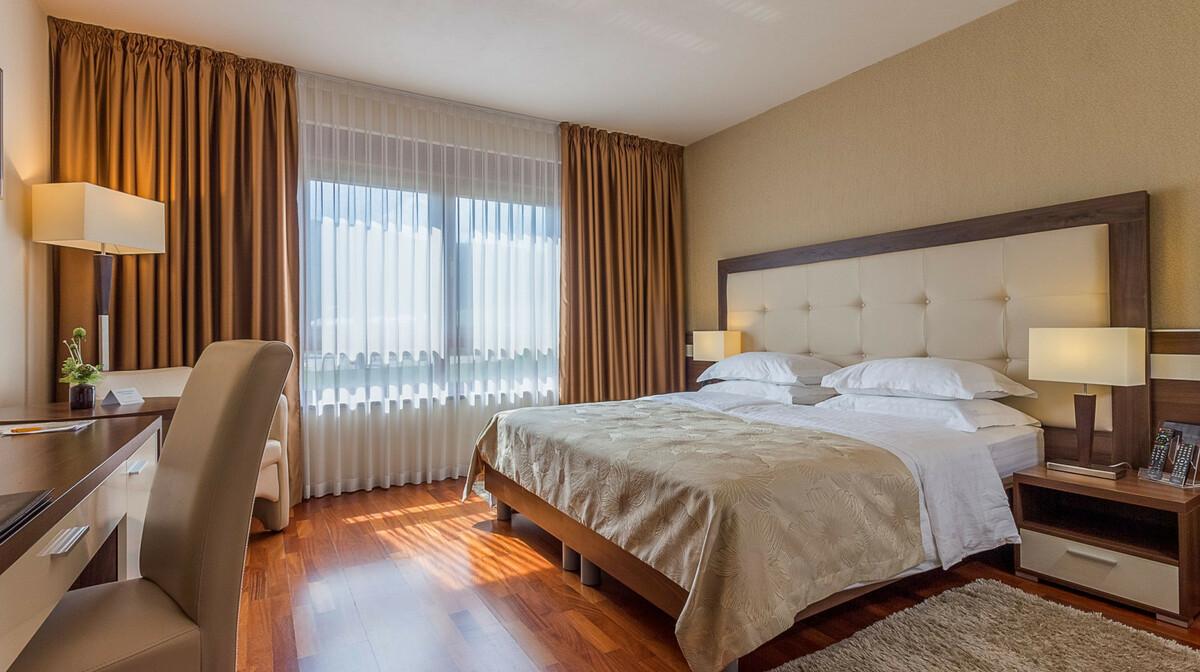 Hotel Degenija, dvokrevetna soba comfort