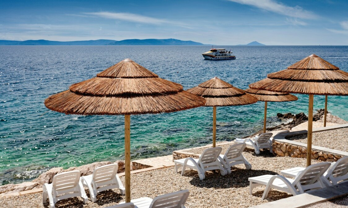 Plaža hotela Valamar Casa Sanfior Hotel u Rapcu, mondo travel