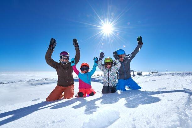 Skijanje Krvavec, skijalište Krvavec, zimska idila, odmor sa obitelji