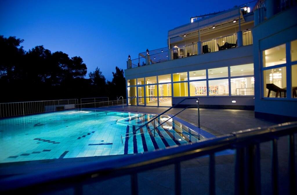 Vanjski bazen hotela Aurora, Mali Lošinj
