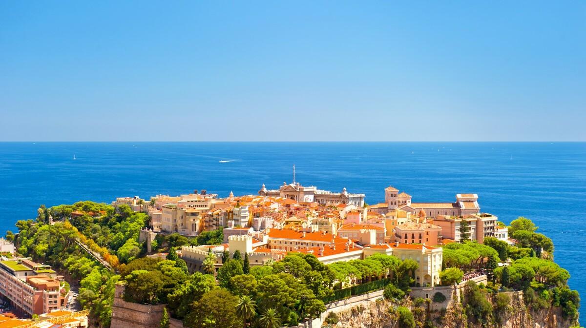 Monako i Prinčeva palača, putovanje azurna obala, putovanje provansa, autobusna putovanja