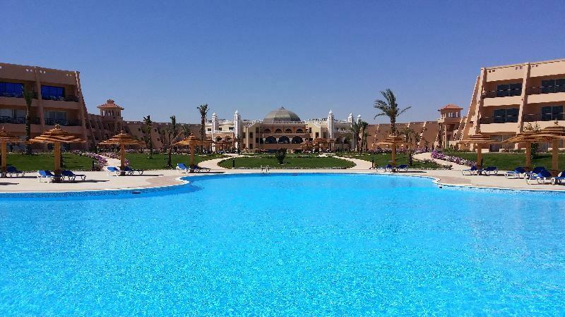 Hurghada zrakoplovom iz ljubljane, Hotel Jasmine Palace, bazen