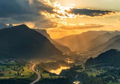 Jesenice u zalazak sunca, vikend u sloveniji
