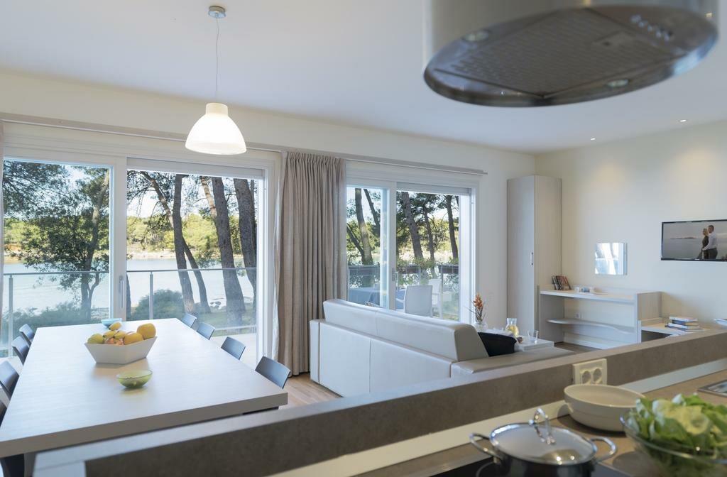 Biograd na Moru, Crvena Luka Apartment & Villas