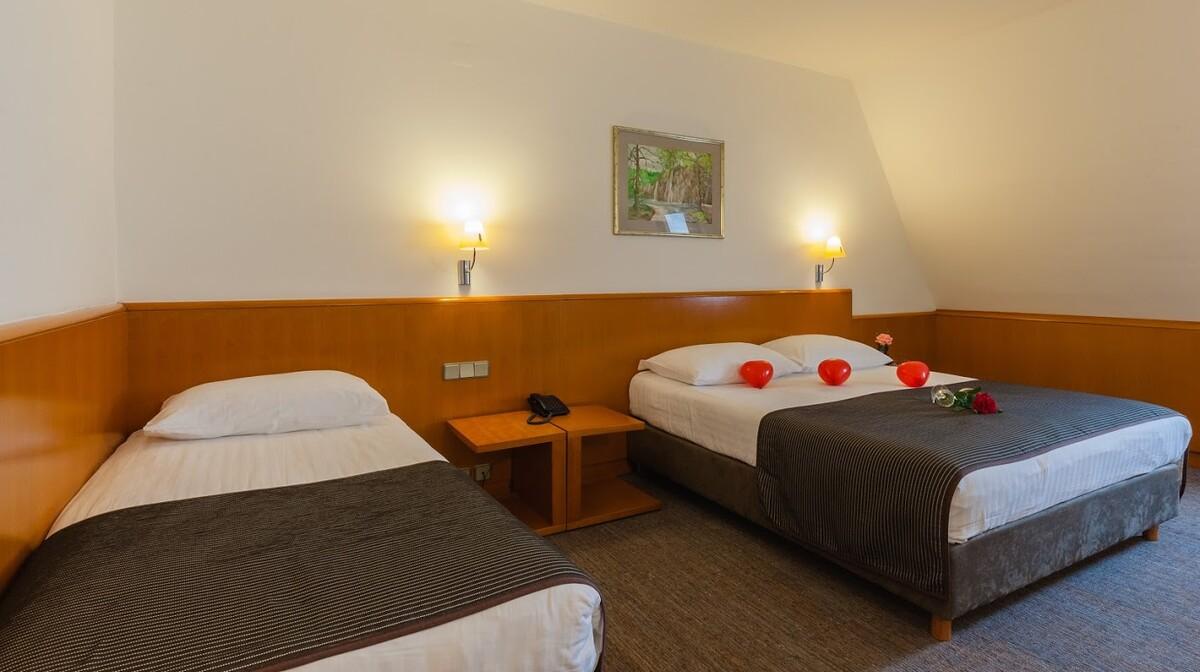 Grabovac, Hotel Grabovac