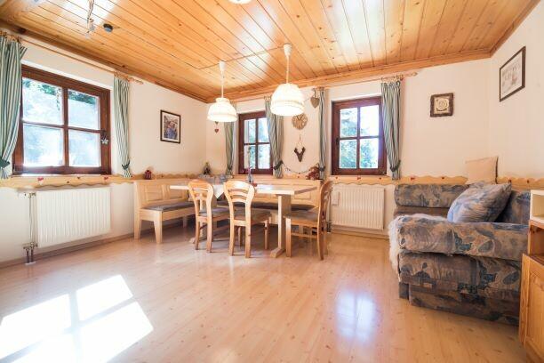 Skijanje Krvavec Apartmani Muštrinka, zimska kućica za odmor,blagavaonica