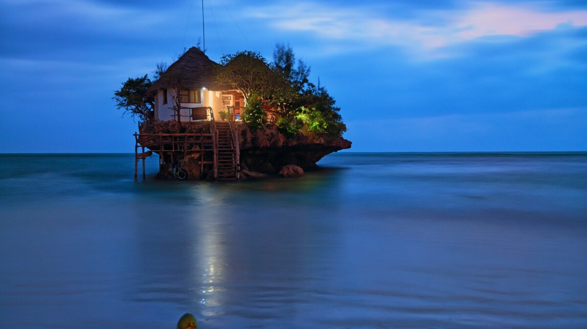 ZANZIBAR ROCK ROMANTIC RESTAURANT