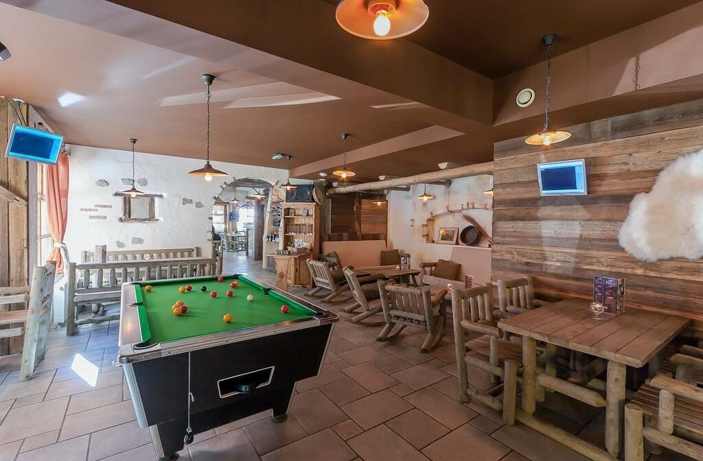 Skijanje u Francuskoj, Val Cenis,  Lanslevillard Les Balcons de Val Cenis Village, soba za igre.
