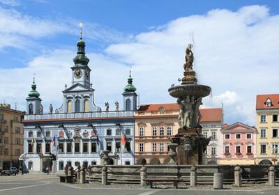 Češke Budejovice, putovanje biseri Češke, piva Budweiser, putovanje autobusom