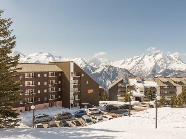 Skijanje u Francuskoj, Alpe d'Huez, Les Horizons D'Huez, izvana