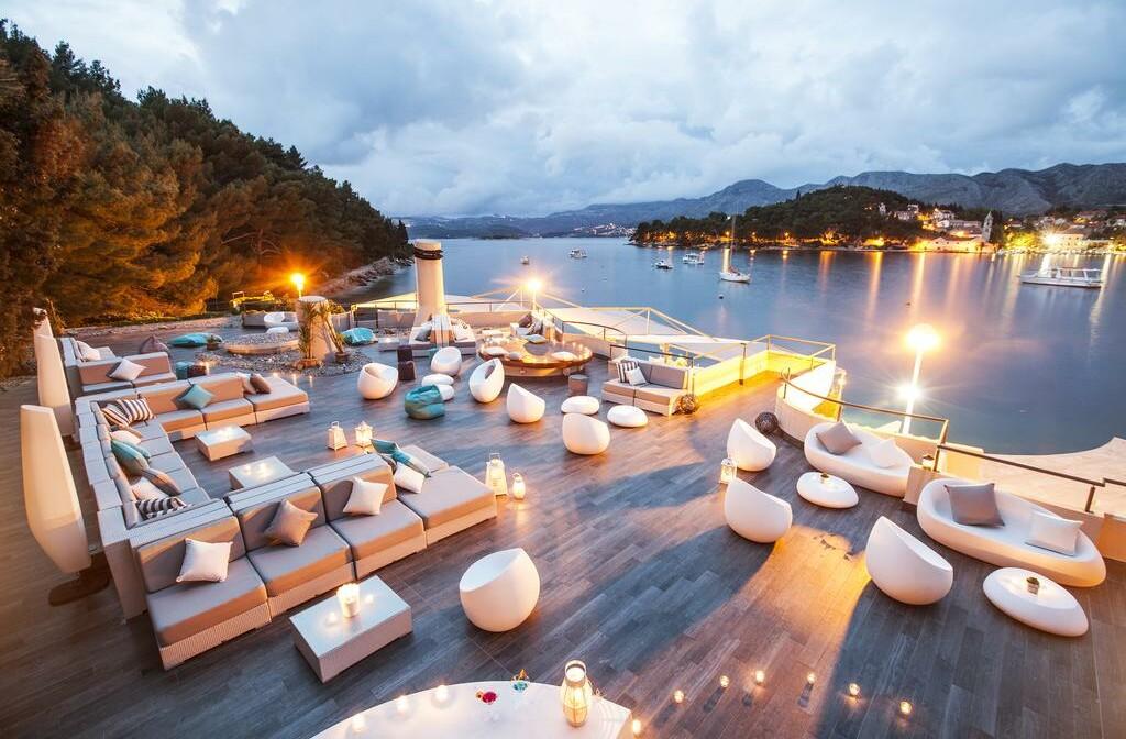 Cavtat, Hotel Croatia, caffe night bar
