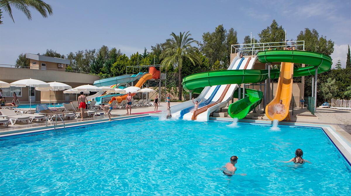 1589285321-Antalya, Alanya, Hotel Royal Garden Beach