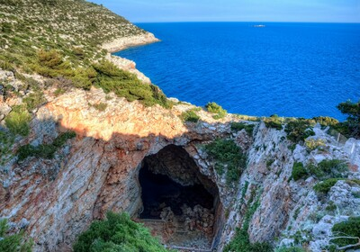 Ljetovanje u Hrvatskoj, Otok Mljet, hotel Odisej, Odisejeva špilja