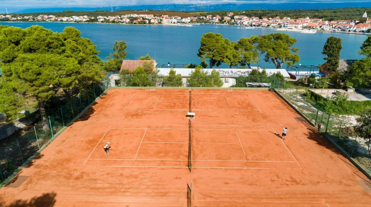 Hotel Pinija, tenis
