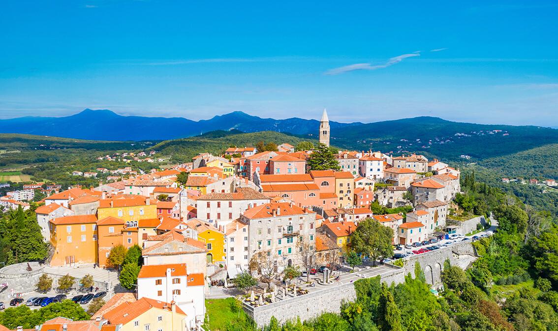 Istra, grad Labin, stare tradicionalne kuće i dvorac