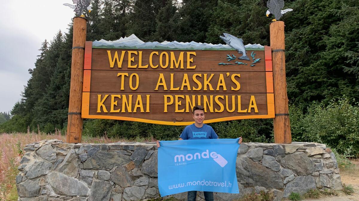 Mondo putnik na putovanju na Kenai, Aljaska